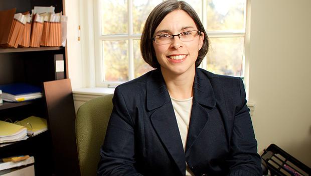 Ana Smith Iltis