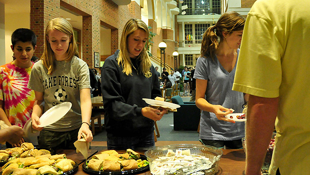 Students grab a late-night snack in the ZSR Library.
