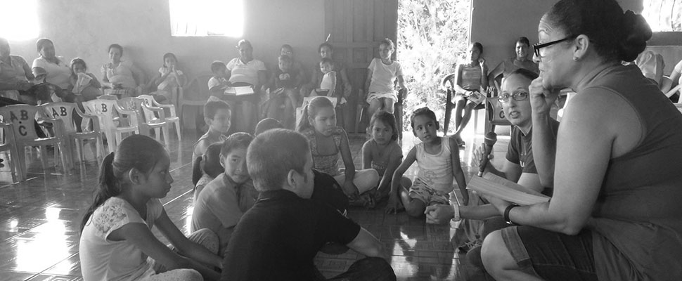 Participants in the 2014 cohort work with AMOS Hope and Health in Nicaragua as part of their service learning.