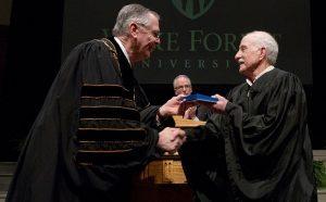 Stewart Carter receives URECA Award from President Hatch.