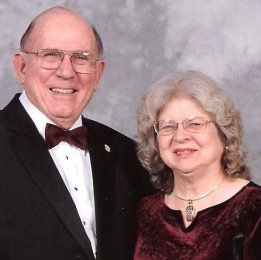 Clyde Glosson ('62) and Janice Howell Glosson ('62)