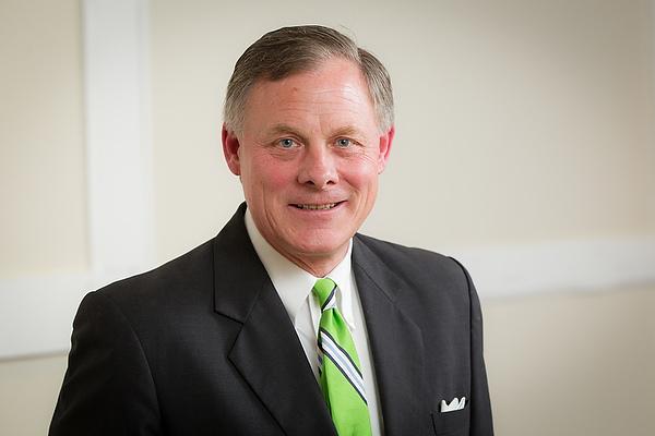 U.S. Sen. Richard Burr ('78)