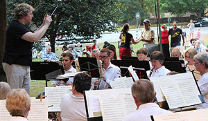 Eileen Young (left) conducts the Salem Band.
