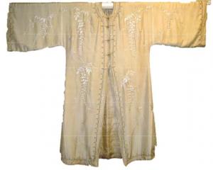 white-silk-coat